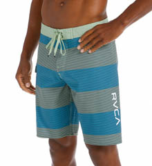 "RVCA Civil Stripe 20"" Boardshort M3115CIL"